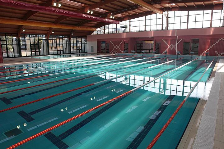 San nicola la strada dopo 5 mesi dalla sua inaugurazione la nuova piscina comunale acquasport - Piscine caserta e provincia ...