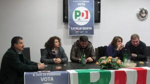 A sx Il segretario f_f_ Gerardo Rullo ad un convegno elettorale a Grazzanise