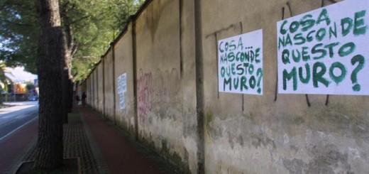 20110819- CRONACA -Caserta-macrico mura di cinta esterno     -FOTO/AG. FRATTARI