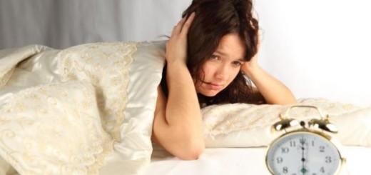 Insonnia-e-caldo-ecco-gli-alimenti-che-conciliano-il-sonno