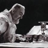 Padre Pio Santa Messa