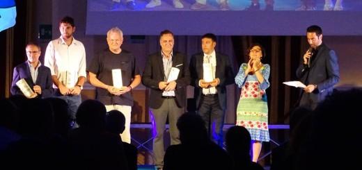 Il presidente Sergio Di Meo premiato in occasione del galà dei calendari per la promozione in serie A2 (Foto Lega Volley)