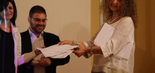 Momento consegne firme al Comitato per il recupero di Palazzo Ducale