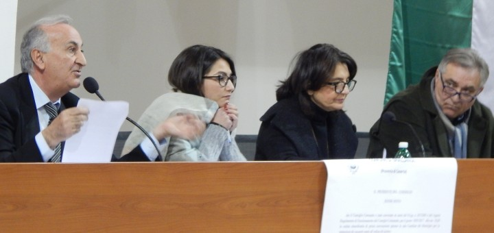 grazzanise-il-tavolo-della-presidenza-consiliare-100117