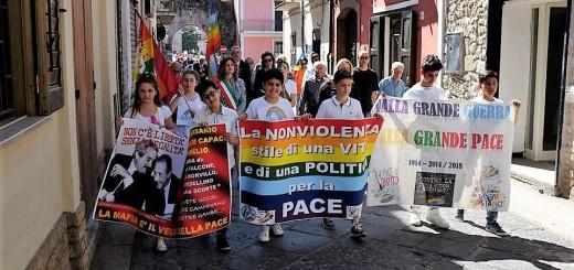 foto giornali fiaccola pace alife 2