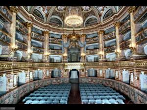 Palazzo reale teatro