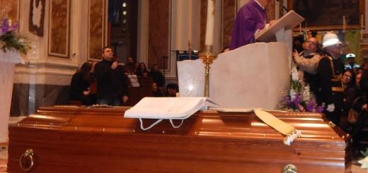 ACERRA Il vescovo Di Donna durante l'omelia celebrativa