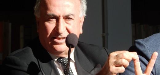 GRAZZANISE Il sindaco Gravante nel corso di un suo intervento chiarificatore