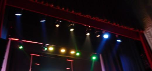 CAPUA Teatro Ricciardi - Riflettori multicolori sul palcoscenico