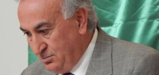 GRAZZANISE Pensoso il sindaco Vito Gravante (1)
