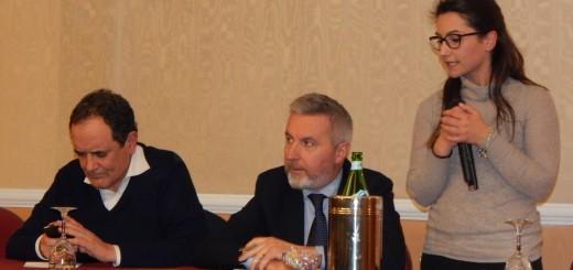 La segretaria locale del PD, Teresa Cerchiello, col vicesegret naz Guerini e il commissario prov Mirabelli 260117 (1)