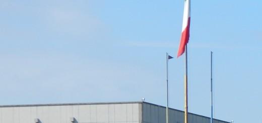 CAPUA Il padiglione della 'Salomone' accanto al quale è issato il tricolore italiano