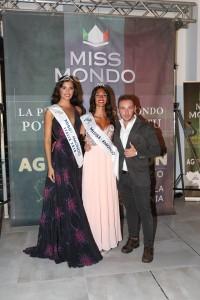 Miss Mondo 2018, Federizza Rizza ed il patron Puzio