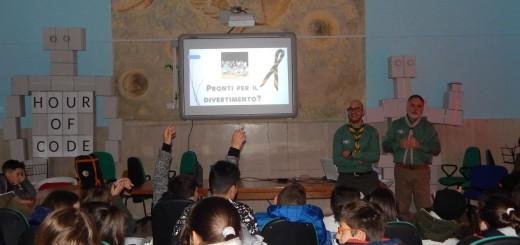 GRAZZANISE I capi D'Elena e Paolucci ad un incontro scout presso l'Istituto comprensivo statale (1)