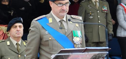 CAPUA Il comandante uscente Cucinieri durante il saluto di commiato