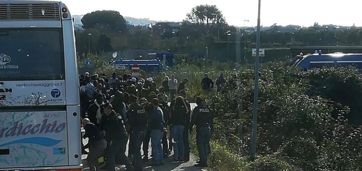 MANIFESTANTI PERQUISITI NELLE CAMPAGNE DI ROMA