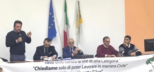 foto tavolo relatori (2)