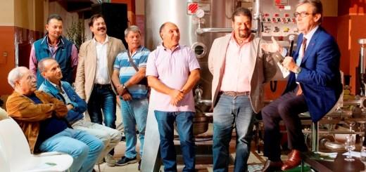 R. Cotarella con lo staff de La Guardiense