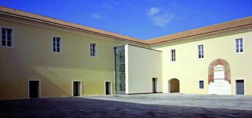 il-Quartiere-Militare-Borbonico