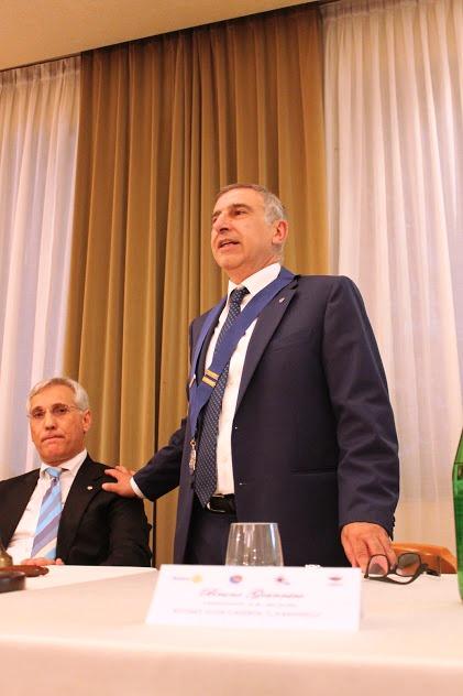 foto presidente giannico