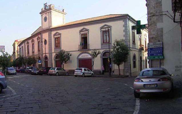 Carinola-Piazza-Osvaldo-Mazza-copia-637x400