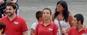 GRAZZANISE La resp locale CRI Rossana Cantiello con due volontari 080916